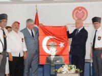 Töre, Tekirdağ Kalpaklı Belediyesi Gaziler Derneği'ni kabul etti