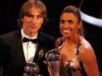 Futbolda yılın en iyileri seçildi: Erkeklerde Modric, kadınlarda Marta