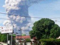 Endonezya'da kıyamet: Deprem, tsunami ve yanardağ patlaması