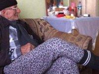 Yangında kedisini kurtaran yaşlı adam hastanede öldü