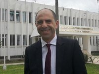 """Özersay: """"Statüko, Kıbrıs Türk tarafına zarar veriyor"""""""