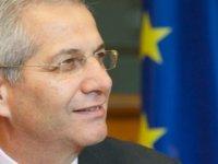 """Kiprianu: """"Desantralize federasyon tartışması yok yere açıldı"""""""