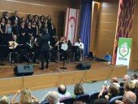 Fenerbahçe mahallesi gönüllüler korosu Girne'de konser verdi