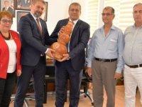 İzmir'in menemen ilçesi'nden bir heyet Gazimağusa Belediyesi'ni ziyaret etti