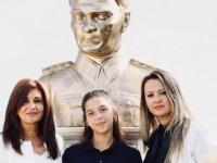 Necat Brıtısh öğrencisi Yaz Metin, Edexcel IGCSE sınavlarında Türkçe'de dünya birincisi oldu