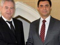 Özdil Nami ve Andreas Mavroyannis liberallerin etkinliğine katılacak