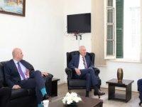 Erhürman, Alman büyükelçi ile görüştü