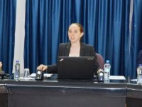 Amerikan diplomat Amelia Vander Laan DAÜ'de yurttaşlık hakları hareketi üzerine seminer verdi