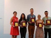 Damascus Keçilerinde Meme Sağlığı Çalışması Yakın Doğu Üniversitesi Veterinerlik Fakültesi'ne Mikrobiyoloji Kongresi'nde Sözlü Sunum Ödülü Kazandırdı…