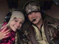 Yeni evli çift düğünden ayrıldıkları helikopterin düşmesi sonucu hayatını kaybetti