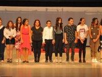 """""""Garagözün Perdesi"""" tiyatro oyunu Mağusa'da izleyicilerle buluştu"""