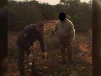 Tel tuzakla tavşan avlayan kişi suçüstü yakalandı