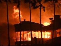 ABD'nin California eyaletinde çıkan yangınlarda en az 9 kişi öldü