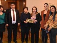 Besim'den ilk kadın hekim Aydın Sennaroğlu'na ziyaret…
