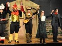"""Devlet Tiyatroları, """"Bremen Mızıkacıları'nın Zaferi"""" isimli oyunun prömiyerini yaptı"""