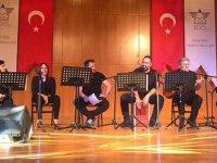 Kıbrıs şiirleri ve şarkıları İstanbul'da yankılandı