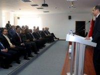 Özersay Yabancı Parlamenterlere brifing verdi