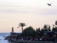 Girne'deki Solotürk gösterisi ilgiyle izlendi