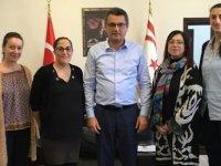 Başbakan Erhürman, Barış Oyuncuları'nı kabul etti