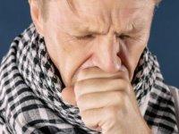 Boğaz ağrısı ve öksürük için doğal tarifler ve öneriler