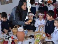 Cumhuriyetin 35'inci Bağımsızlık Yılı Yakın Doğu Okul Öncesinde Kıbrıs Günü ile Kutlandı…