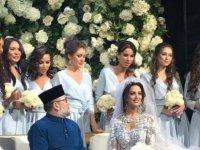 Malezya Kralı, Moskova güzeliyle evlendi