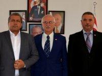 Kuzey Kıbrıs Türk Kızılay Derneği Başkan İsmail Arter'i ziyaret etti