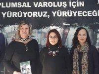 """""""Nenemin Deyişiynan"""" (Kıbrıs Kültürü Üzerine Yazılar)"""" Kitabı KTÖS'e Takdim Edildi"""
