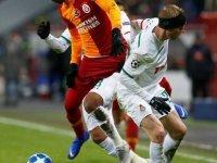 Schalke 04 ve Lokomotiv Moskova, Twitter'da 'el sıkıştı' Galatasaray taraftarı kızdı