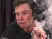 """Elon Musk'a NASA'dan şok: """"Herkesin önünde esrar tüttüremeyecek!"""""""