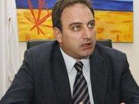 AKEL Gelen Sekreteri Stefanu Rus Büyükelçiyle Görüştü