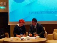 """KTÖS, Macaristan Öğretmen Sendikası ile """"Öğretmen Değişim Programı"""" anlaşması imzaladı"""