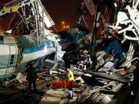 Ankara'da tren kazası: Ölü sayısı artıyor