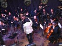 Lefkoşa Belediye Orkestrası Bandabuliya sahnesinde konser verdi