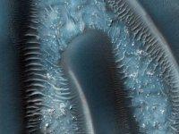 Mars'taki 'buz gölü' görüntülendi