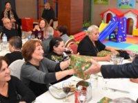 Girne Belediyesi İkinci Bahar üyeleri, Yeni Yıl yemeğinde biraraya geldi
