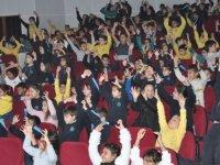 Güzelyurt Belediyesinden İlkokul Öğrencilerine Yeni Yıl Etkinliği