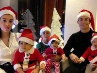 Cristiano Ronaldo ve ailesinden Noel kutlaması