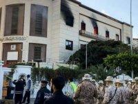 Libya Dışişleri Bakanlığı'na intihar saldırısı