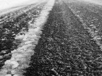 Dikkat yollarda su birikintileri ve yoğun buzlanmalar var!