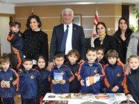 Güzelyurt Belediye Kreşi Özçınar'ın yeni yılını kutladı