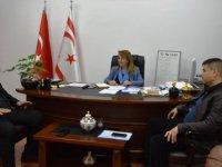 Sağlık Bakanı Besim, Umut Otizm Derneği yetkilileriyle görüştü