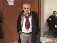 Savunmasını beğenmediği avukata 'Akıl hastanesine yatırılması' kararı veren mahkeme heyeti hakkındaki reddi hâkim talebi kabul edildi