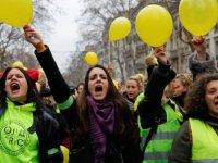 Fransa'da eylemcilere daha ağır cezalar öngören yasa yürürlüğe girdi
