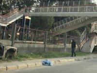 İzmir'de şiddetli yağış nedeniyle köprü çöktü! Mahsur kalan işçiler kurtarıldı