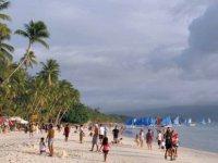 Filipinler saygısız davranan 133 yabancıyı ülkeye sokmadı