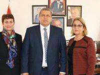 Yaşlı Hakları ve Ruh Sağlığı Derneği, ilk ziyaretlerini Gazimağusa Belediye Başkanı İsmail Arter'e yaptı.