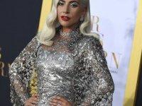 Lady Gaga'dan ABD Başkan Yardımcısı Pence ve eşine: Hristiyanlığın en kötü temsilcilerisiniz
