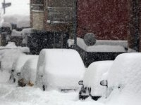 """Kış şartları Cezayir'de """"Sessiz"""" ölümleri artırıyor"""