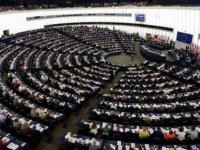 Kıbrıslı Türkler AP seçimleri için özel seçmen listesine geçirilecek